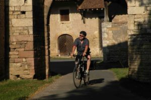 Cycling tours southern burgundy cyclist chateau castle wine